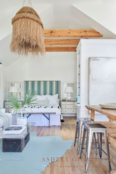 ASHLEY GILBREATH INTERIOR DESIGN: With exposed beams and a vaulted ceiling, we kept the color pallet of this carriage house neutral with pops of aqua to create a light and airy vibe in this Rosemary Beach carriage house. Ashley Gilbreath, Rosemary Beach, Bunk Rooms, Bedrooms, Beautiful Beach Houses, Small Dining, Maine House, Home Bedroom, Contemporary Interior