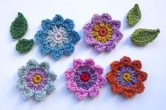 Attic 24 free pattern - Flora's flowers
