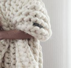 Chunky Wool Blanket Beautiful Chunky Knit Blanket Merino Wool Blanket 5070 Of Incredible 43 Pictures Chunky Wool Blanket Chunky Knitting Patterns, Arm Knitting, Crochet Patterns, Knitting Ideas, Crochet Ideas, Giant Knit Blanket, Chunky Blanket, Knitted Blankets, Merino Wool Blanket