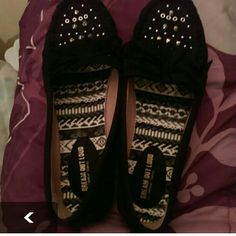 Size 10m blk moccasins by Dream Out Loud Size 10m blk moccasins by Dream Out Loud Dream Out Loud Shoes Moccasins