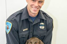 Wayne State University Cop Dies a Day After Being Shot in Head in Detroit #Cronaca #iNewsPhoto