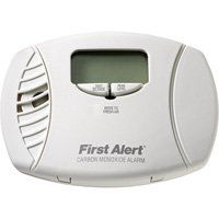 First Alert Carbon Monoxide Alarm with Digital Display — 3-Pk., Plug-In with Battery Backup, Model# CO615