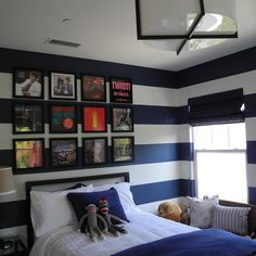 Teen Boy Bedroom Design, Pictures, Remodel, Decor and Ideas - page 19 Teen Boy Rooms, Teen Boy Bedding, Teen Bedroom, Bedroom Brown, Bedroom Ideas For Teen Boys, Master Bedroom, Bedroom Wall, Kids Rooms, Bedroom Decor