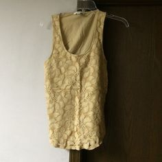 Gorgeous lace tank top Cotton and lace tank top. Back is all cotton (no lace) great for under a cardi or blazer or all by itself. Banana Republic Tops Camisoles