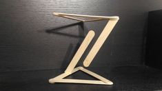 How to build a simple tensegrity structure using popsicle sticks. Popsicle Sticks, Stem Activities, Wood Toys, Popsicles, Programming, Physics, Diy Projects, Make It Yourself, Architecture