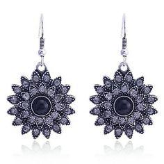 Lureme Vintage Crystals Flowers Dangle Earrings         – USD $ 4.99