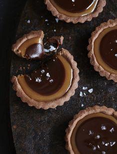 Salted Chocolate Caramel Tarts / Sweet Paul {oh yummy}