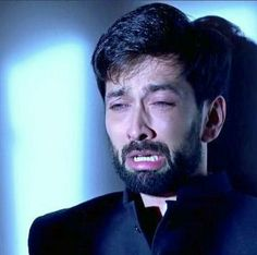 I can't see pain in his eyes just as he can't see tears in his lady love's eyes Sso crying Imam Image, Nakul Mehta, Dil Bole Oberoi, Surbhi Chandna, His Eyes, Crying, Wattpad, Love, Baby