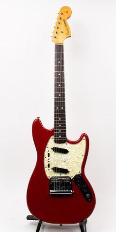 Fender Mustang Dakota Red