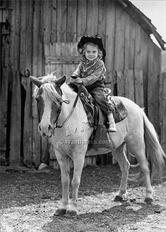 Girl sitting on a horse in front of a barn Canvas Art - x Animals For Kids, Baby Animals, Cute Animals, Cowgirl And Horse, My Horse, Vintage Photographs, Vintage Photos, Vintage Cowgirl, Animal Photography
