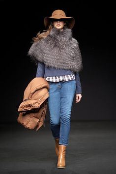 Henry Cotton's Into the Wild Collection for women.  Visit us www.henrycottons.it , www.facebook.com/HenryCottons1978