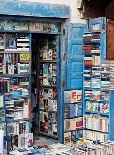 Book shop in Essaouira, Morocco. Essaouira is a city in the western Moroccan economic region of Marrakech-Tensift-Al Haouz, on the Atlantic coast. Photo by Rolandito. I Love Books, Books To Read, Home Libraries, Ex Libris, Old Books, Library Books, Free Library, Book Nooks, Book Nerd