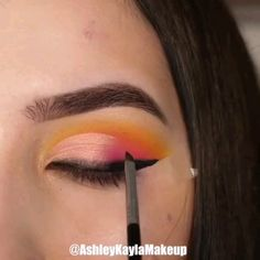 Beautiful Eye Makeup 😍 - The Effective Pictures We Offer You About diy face mask sewing pattern A quality picture can tell - Day Eye Makeup, Edgy Makeup, Makeup Eye Looks, Purple Eye Makeup, Eye Makeup Steps, Colorful Eye Makeup, Beautiful Eye Makeup, Crazy Makeup, Skin Makeup