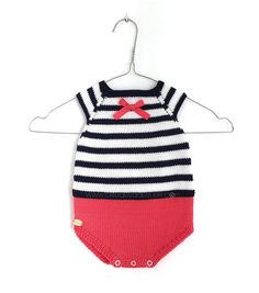 Learn how to Make this Knitted Sailor Baby ROMPER made with Stockinette stitch. FREE Step by Step Pattern & Tutorial. Easy Baby Knitting Patterns, Free Baby Patterns, Free Knitting, Diy Romper, Knitted Romper, Easy Dress, Romper Pattern, Jumpsuit Pattern, Crochet Girls