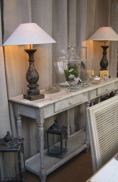 Ashley Furniture Sofas, Furniture Decor, Country Chic, Esprit Country, Decoration, Console Table, Entryway Tables, Sweet Home, Interior