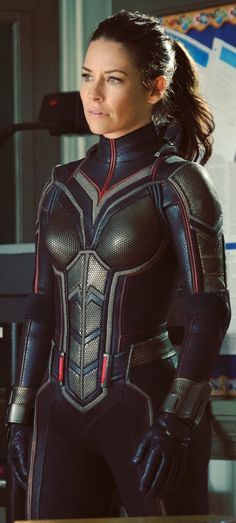 Buy this Ant-Man and the Wasp Evangeline Lilly (Hope van Dyne) Costume at affordable and discounted price from Slimfit Jackets online store and avail free shipment worldwide. Avengers Girl, Marvel Girls, Marvel Heroes, Marvel Avengers, Marvel Females, Tauriel, Vespa Marvel, Evangeline Lilly Wasp, Wasp Costumes