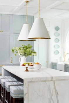 Blissful Light Blue Paint Colors, Decor & Style The beautiful inspiration from the other day's blue and white classic decor inspiration is still very much bubbling away in my design consciousness. Light Blue Paint Colors, Light Blue Paints, Blue Colors, Light Blue Kitchens, Black Kitchens, Tuscan Kitchens, Luxury Kitchens, Home Luxury, Modern Kitchen Cabinets