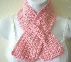Crochet Short Scarves With Button - Goog - maallure Crochet Scarf Easy, Easy Crochet Patterns, Crochet Scarves, Crochet Shawl, Crochet Clothes, Crochet Stitches, Free Crochet, Knit Crochet, Knitting Patterns