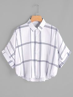 Young Casual Plaid Shirt Oversized Collar Half Sleeve Batwing Sleeve and Roll Up Sleeve White Grid Print Dip Hem Cuffed Blouse Crop Top Outfits, Cool Outfits, Casual Outfits, Girls Fashion Clothes, Teen Fashion Outfits, Dress Fashion, Fashion Fashion, Fashion Ideas, Vintage Fashion
