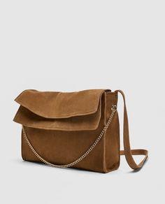 ZARA - MUJER - SACA SERRAJE Burberry, Gucci, Suede Handbags, Zara Bags, Cute Purses, Cute Bags, Zara Women, Dior, Chanel