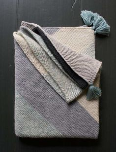 Rectangular Colorblock Bias Blanket