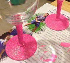 Glitter Wine Glass Set small by KratzysCreations on Etsy, $11.99