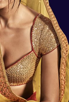 Best 11 Blouse In Lurex Fabric With All Over Heavy Embroidery With Skirt In Pink Colored Paris Slik With Heavy Embroidery With Heavy Border And Liril Color Pallu In Net Choli Blouse Design, Cotton Saree Blouse Designs, Best Blouse Designs, Bridal Blouse Designs, Top Cropped, Stylish Blouse Design, Kerala, Mumbai, Sexy