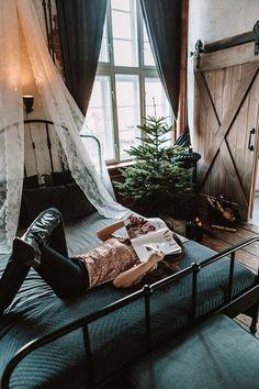 Buduarowa sesja kobieca w domu – Ania Mioduszewska Fotografia Malaga, Outdoor Furniture, Outdoor Decor, Hammock, Bed, Photography, Home Decor, Fotografia, Photograph
