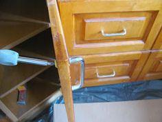 Komoda Pomysłów: Jak pomalować meble kuchenne? Filing Cabinet, Relax, Storage, Furniture, Home Decor, Purse Storage, Decoration Home, Room Decor, Larger