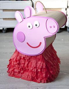 Handmade Peppa Pigs That Prove Craft Is Awesome peppa pig homemade pinatapeppa pig homemade pinata Peppa Pig Pinata, Fiestas Peppa Pig, Cumple Peppa Pig, Pig Birthday, 2nd Birthday Parties, Homemade Pinata, Pig Crafts, George Pig, Pig Art