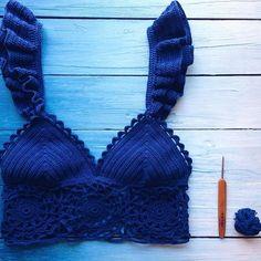 Хлопковый топ💭💙💭💙💭 новиночка, а детали прежние☺️ #crochetbikini #vsco #vscocam #vscorussia #crochet #handmade #bikini #brazilianbikini #crochettop #вязание #travel #traveller #отдых #путешествие #вязаныйкупальник Crochet Bikini Pattern, Crochet Halter Tops, Crochet Bikini Top, Crochet Blouse, Cute Crochet, Beautiful Crochet, Knit Crochet, Crochet Designs, Knitting Designs