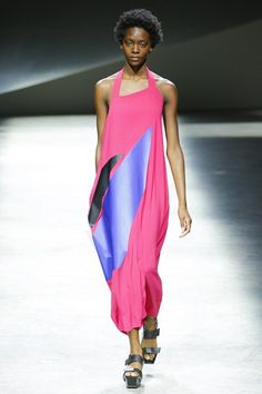 See the complete Issey Miyake Spring 2017 Ready-to-Wear collection.