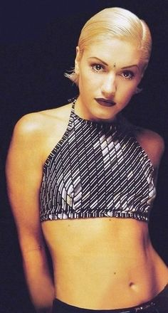 Gwen Stefani - 90's fashion. I had a top in that style...