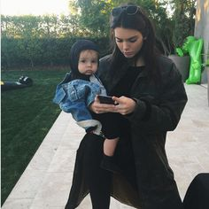 Kendall and Kylie Jenner Can& Get Enough of Baby Reign Disick Days Before H. Kourtney Kardashian, Kardashian Kollection, Kardashian Jenner, Kendall E Kylie Jenner, Kendall Jenner Instagram, Kendall Jenner Snapchat, Style Kanye West, Le Style Du Jenner, Reign Disick