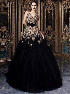INTERESTING DRESS - GREAT IMAGE/IDEA FOR ONE OF THE EVENT ENSEMBLES Rami Kadi dress