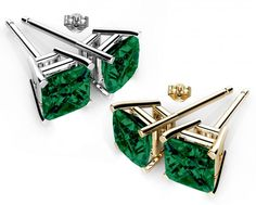 swarovski crystals emerald color stud earrings ge005em