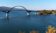 Picture of the Lake Champlain Bridge between New York and Vermont