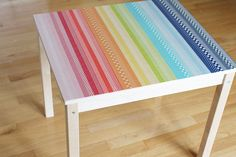You can easily make a colorful table using washi tape. Here are some fun ideas to get you inspired to update your playroom or office. Washi Tape Wall, Washi Tape Crafts, Masking Tape, Washi Tapes, Twine Crafts, Diy Crafts, Tapas, Washi Tape Furniture, Painted Furniture
