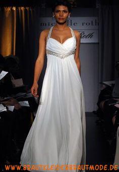 Elegante große Brautmode aus Organza