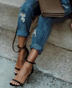 Stepping into spring with boyfriend jeans and strap sandals. Fashion Days, Girl Fashion, Womens Fashion, Spring Fashion, Fashion Group, Style Fashion, Fashion Trends, Dresses For Less, Strap Sandals