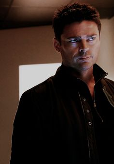 Karl Urban International (Tumblr) - Karl Urban as John Kennex, Almost Human. Cannot *wait* for tonight's episode, and please, FOX, let this be the last episode of the season, not the show. As for the photo itself, just wow.