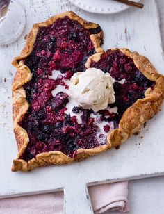 This romantic red berry galette recipe is heart-shaped making it the perfect sharing dessert for Valentine's Day Mothers Day Desserts, Just Desserts, Pastry Recipes, My Recipes, Berry Galette Recipe, Mousse, Slow Roast Lamb, Brownies, Heart Shaped Cakes