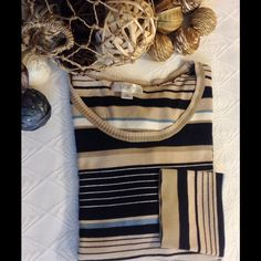 """ANN TAYLOR LOFT striped dress sweater XL crew Perfect for work or play! Measures approx 40"""" bust, 22"""" overall, 24"""" sleeve. Please see minor wear on back of collar. Fabric is 64 rayon, 36 nylon. Ann Taylor Sweaters Crew & Scoop Necks"""