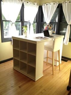 Kristi s Craft Desk Do It Yourself Home Projects from Ana White New Crafts, Home Crafts, Diy Home Decor, Craft Desk, Diy Desk, Craft Tables, Craft Rooms, Diy Tall Desk, Ana White