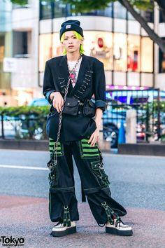 Remake Japanese Streetwear in Harajuku w/ Neon Hair, Vintage Blazer, Strap Pants, Demonia Creepers, Basic Cotton Bag & Carhartt Beanie 2020 japan Asian Street Style, Tokyo Street Style, Japanese Street Fashion, Tokyo Fashion, Harajuku Fashion, 70s Fashion, Fashion Men, Street Styles, Fashion Brands