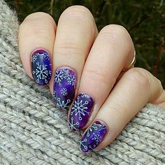 If you're from North England (US) or somewhere above the Arctic Circle, you surely will agree that winter is far from over! You can definitely still rock these winter-inspired manis by @knitty_nails from Instagram! _________________________________________________ Here is my solo shot for the special International Women's Day #maniswapcircle I had to recreate a mani by @nails_and_mills ... Well I spotted the snowflakes so I had to choose that one... ❄❄❄ Of course you can recreate a neon…