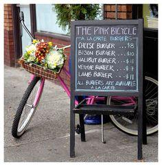 pink bicycle | www.destinationvictoria.com