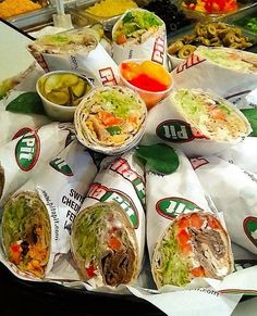 Pita Pit, Calorie Calculator, Healthy Food, Healthy Recipes, Greek Chicken, Shawarma, Fresh Rolls, Catering, Street