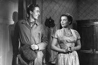 Rolf Labbart and Ghedi Lönnberg in Neljästoista vieras (1948)