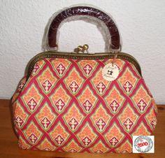 Weitere Taschen - Joisys® Hebammentasche mit Bügel  Rot Ethno - ein Designerstück von Leinen-Traum bei DaWanda
